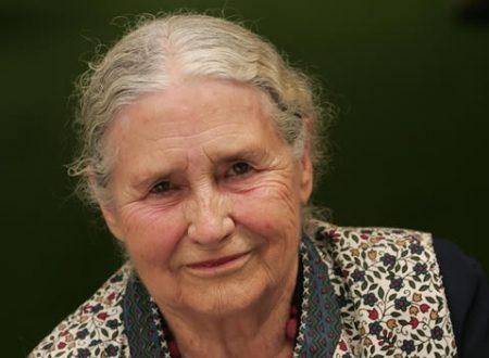 Meglio avere un gatto che vincere il Nobel: parola di Doris Lessing
